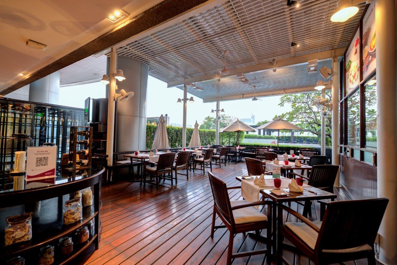 Terrazza Italian Restaurant Haute Grandeur
